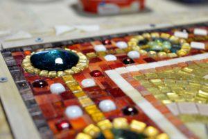 Фрагмент рамы для мозаичной иконы с элементами фьюзинга